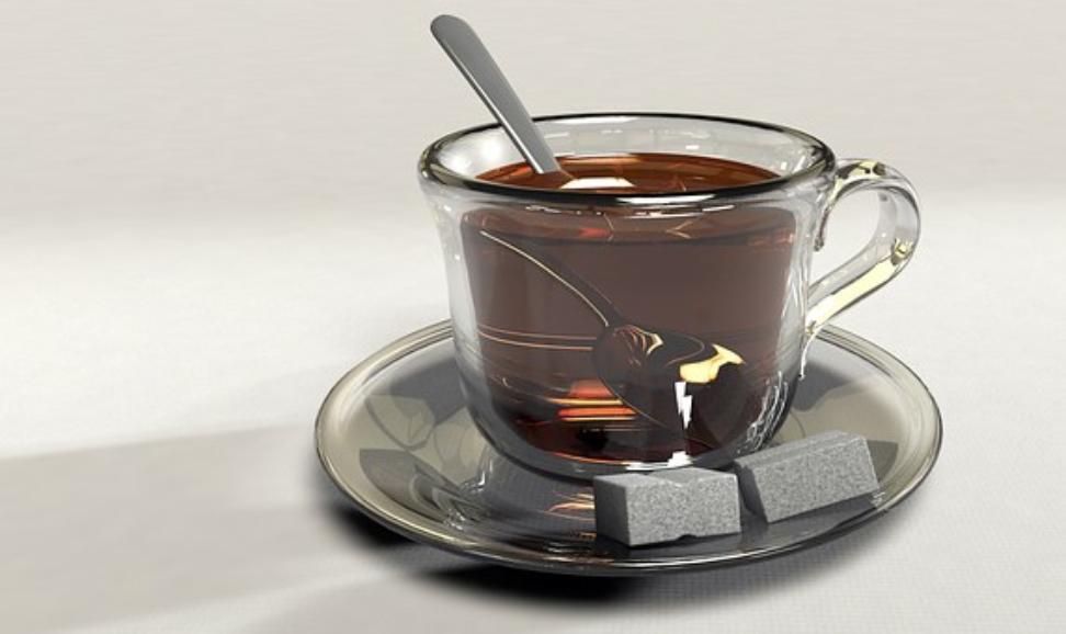 Какой чай запрещают пить, рассказали стоматологи