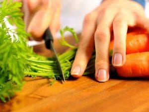 Экстракты чая и моркови помогли остановить болезнь Альцгеймера у мышей