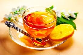 Что образует плёнку на чае, когда тот долго стоит?