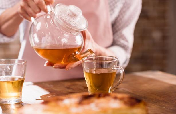 Горячий чай может спровоцировать рак горла