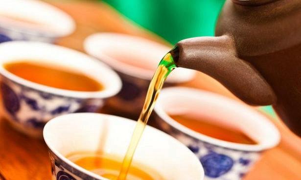 Вино, чай и возрастные когнитивные расстройства