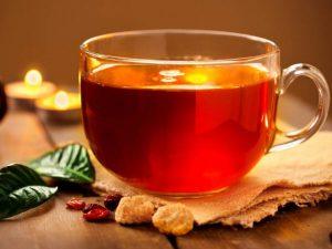 Медики назвали продукты, не совместимые с чаем