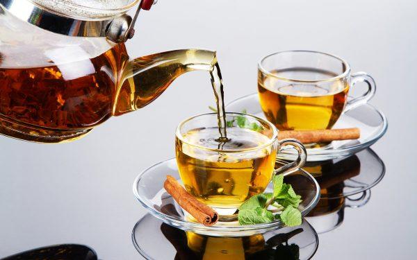 Как может стать вредным полезный чай
