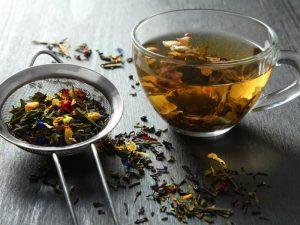 Травяной чай бесполезен — кандидат медицинских наук Сергей Коваленко