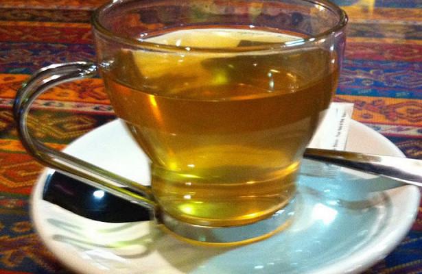Чайные пакетики признали одним из главных источников пластиковых микрочастиц