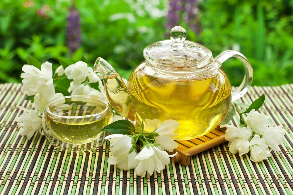 Чай с жасмином не только омолаживает, но и избавляет от ряда заболеваний