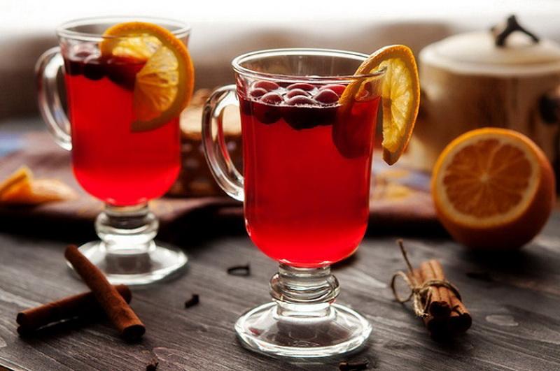 Чай с клюквой и имбирем