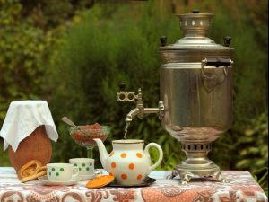 Разное влияние на здоровье: раскрыты противопоказания чая