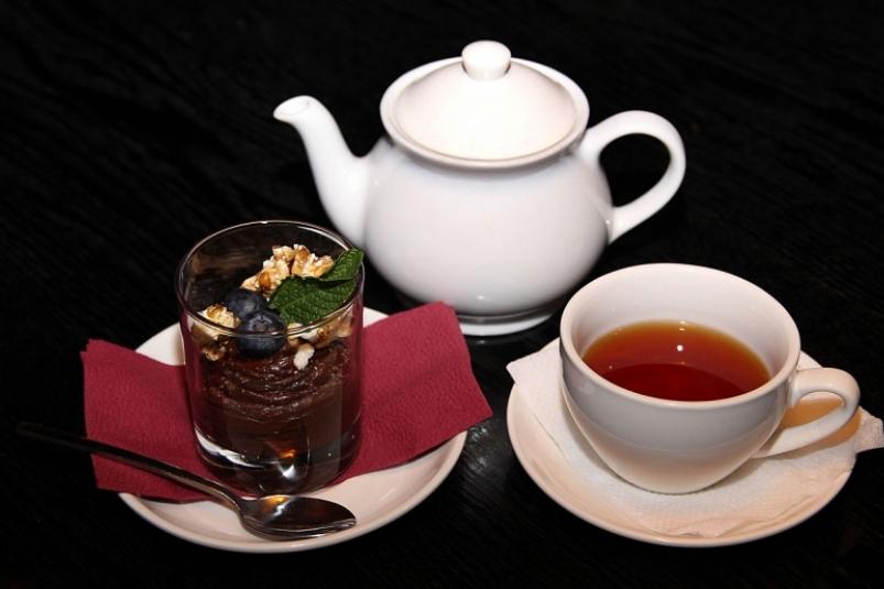 Забудьте про эти продукты к чаю, они погубят здоровье