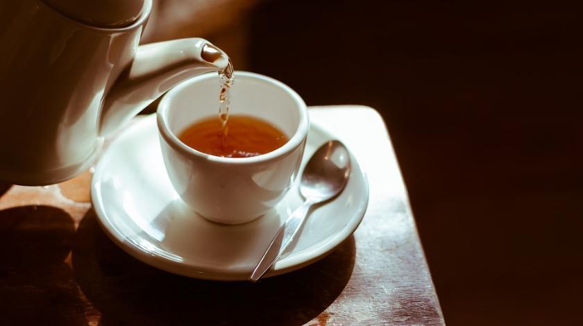 Время пить чай: 4 целебных свойства популярного напитка