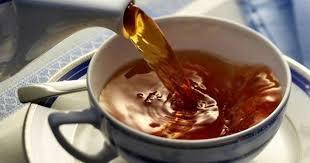 Диетолог сообщила, в каких случаях опасно пить черный чай
