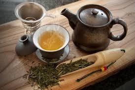 Чашка чая — целая вселенная. Это лишь одна причина дарить любимым чай