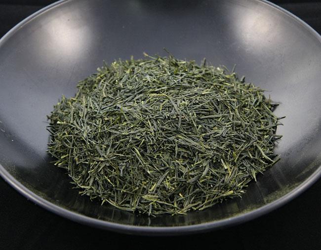 Зеленый чай гёкуро: полезные свойства, приготовление, побочные эффекты