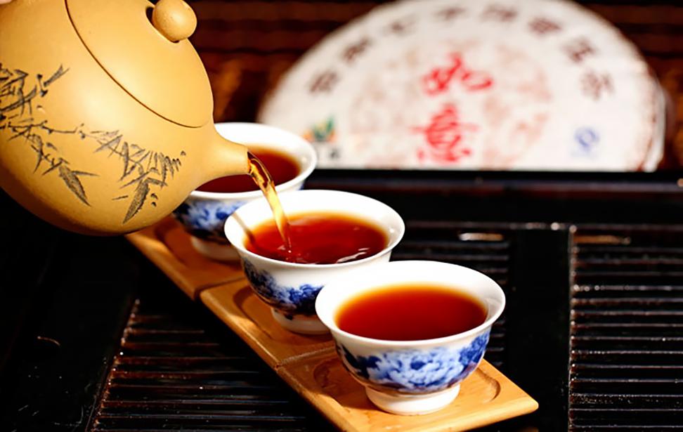 Почему китайские ценители чая считают наши чаепития опасными