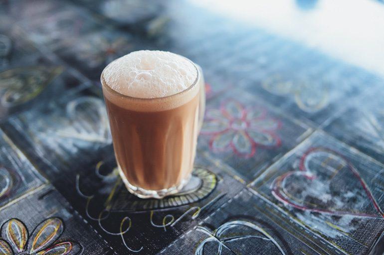 Молоко без пенки и чай без сахара