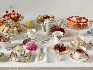 Чашки, пиалы или бокалы: сервируем чайный стол