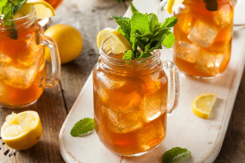 Как приготовить освежающий чай с дыней и мятой