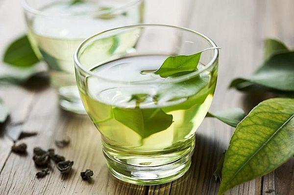 7 полезных чаев, которые помогут похудеть