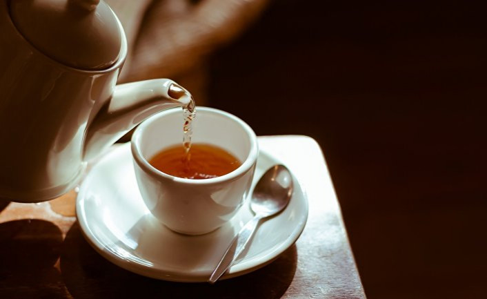 Эксперт: Горячий чай не может быть причиной рака пищевода