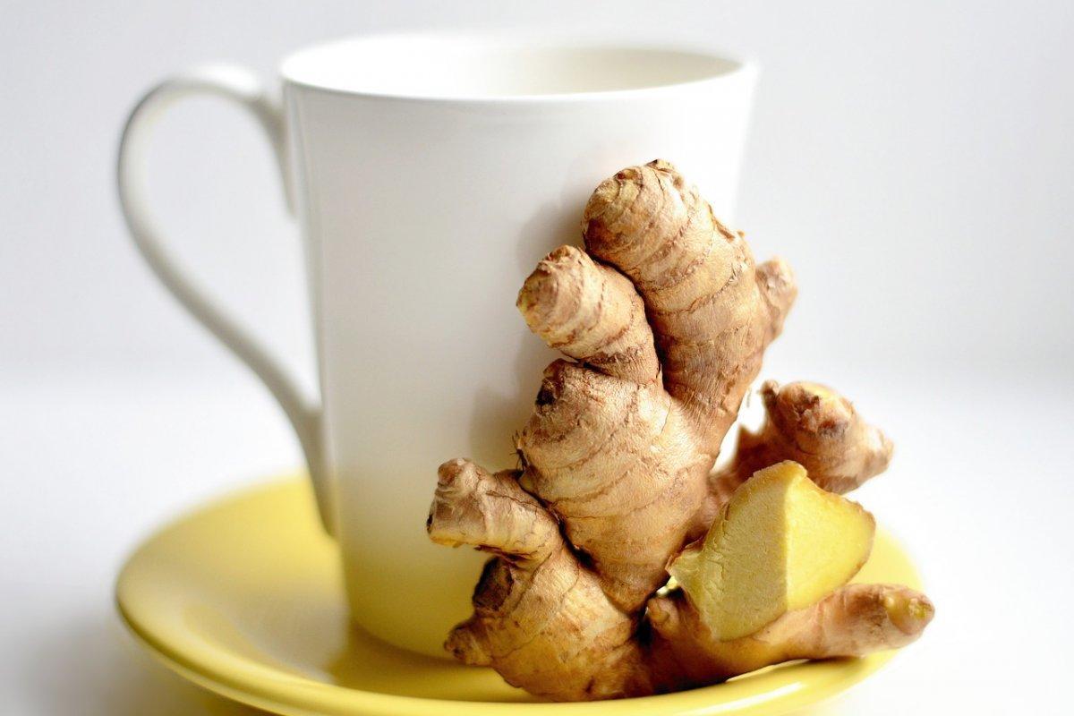 Имбирный чай от простуды: простой трюк делает его намного эффективнее