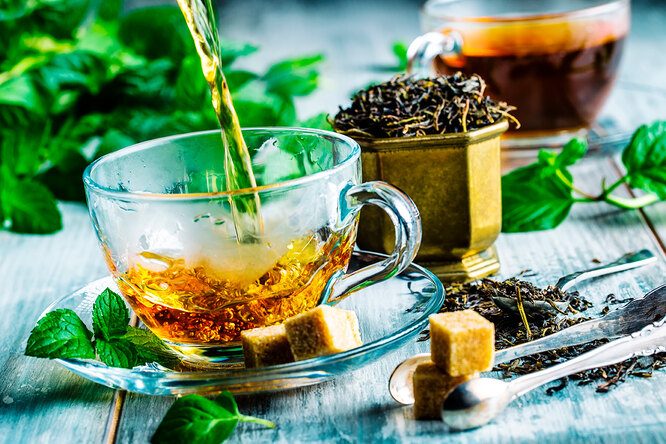 При каких болезнях лучше отказаться от чая