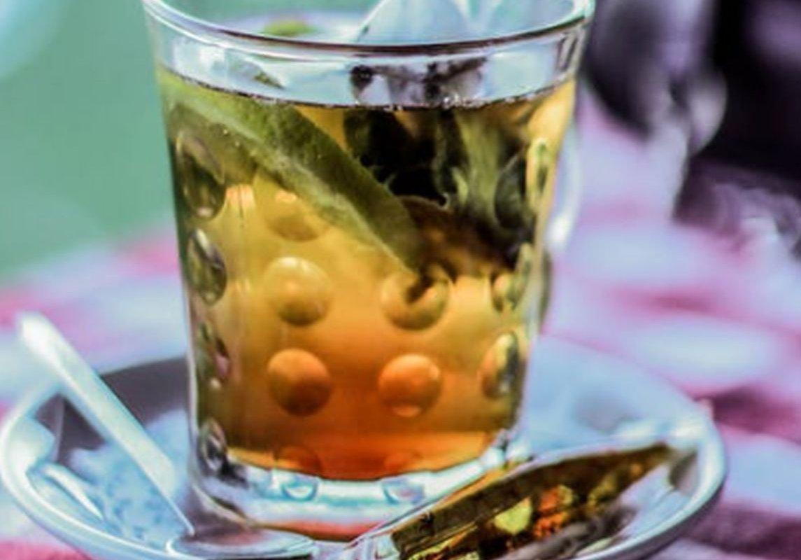 Напиток долголетия: травяной чай для защиты от болезни Альцгеймера и рака