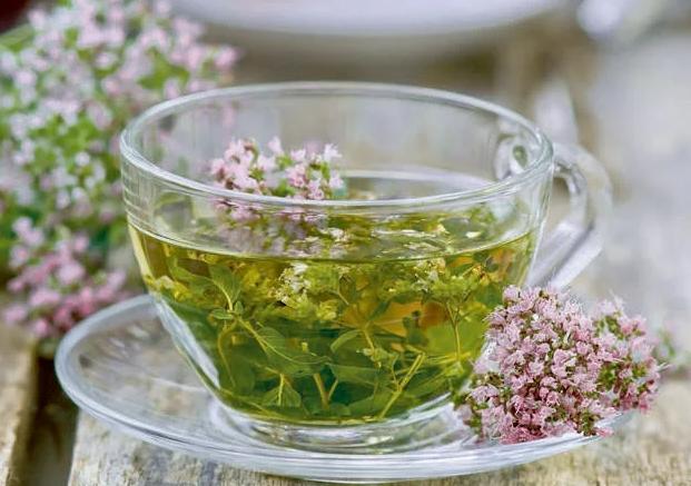 Травяной чай и молочные продукты помогут наладить сон