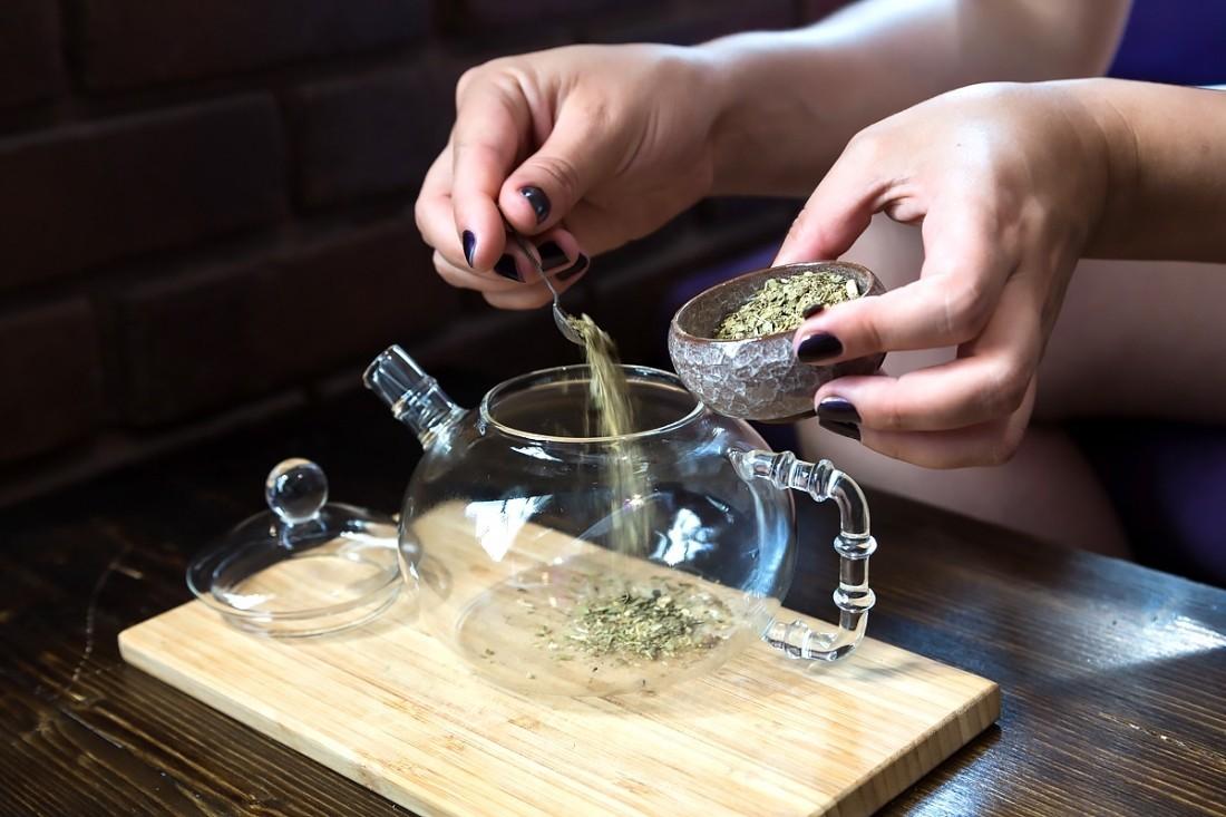 Какой чай лучше выбрать — листовой или в пакетиках