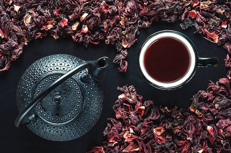 ТОП-5 рецептов с чаем каркаде для красоты