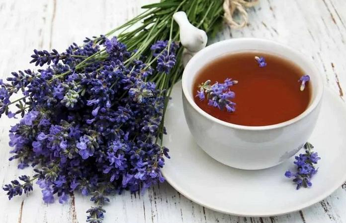 Лаванда в чае, кофе и не только. Полезные свойства и два рецепта лавандового рафа