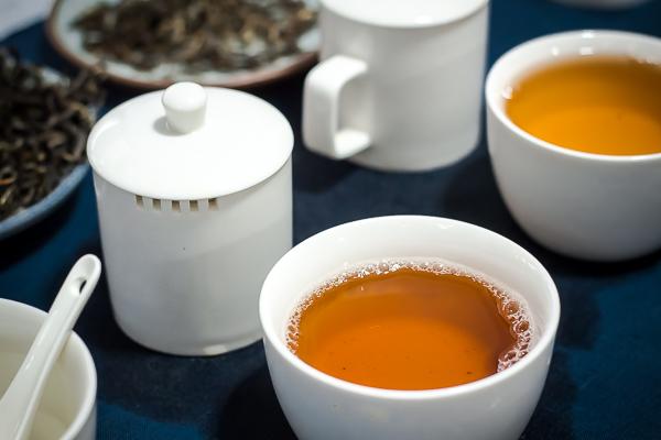 Какой чай называют свежий и как его отличить от старого