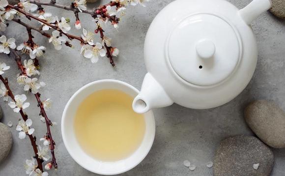 Белый чай – рекордсмен по содержанию витаминов с тысячелетней историей