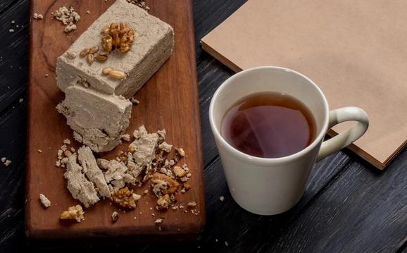 Правильно подбираем сладости к чаю, или почему халва вкуснее с мате
