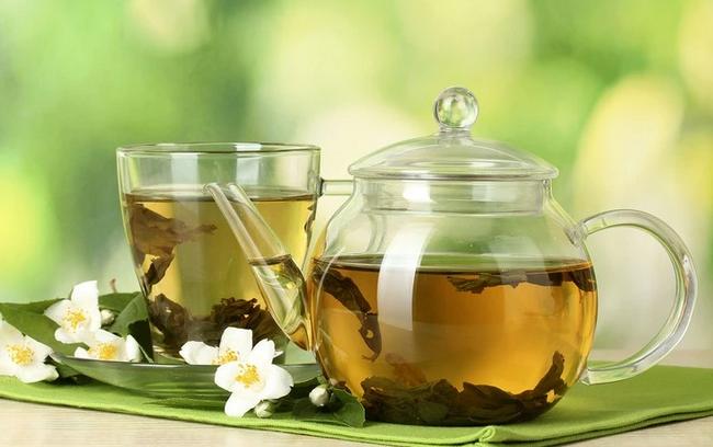 Немецкие ученые внесли зеленый чай в список продуктов, способных бороться с коронавирусом