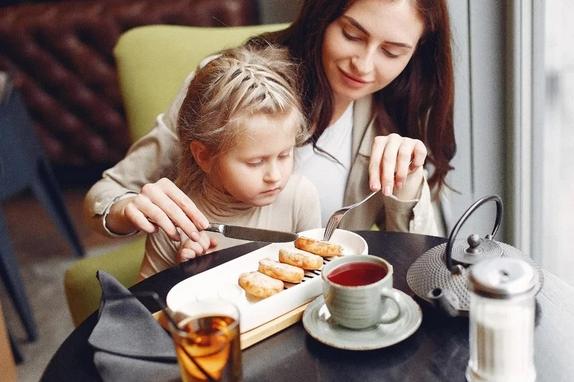 Можно ли пить чай или кофе во время еды?