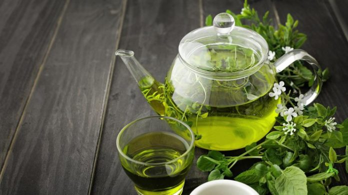 Зеленый чай нарушает метаболизм раковых клеток