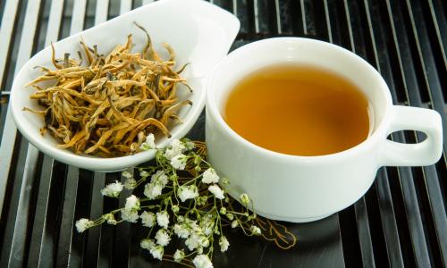 3 вида чая, которые топят лишний жир