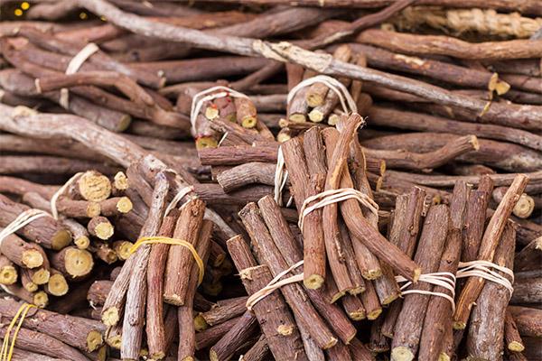 Чай из корня лакрицы может довести до гипертонии