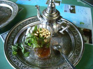 Турецкий чай с мятой и кедровыми орехами