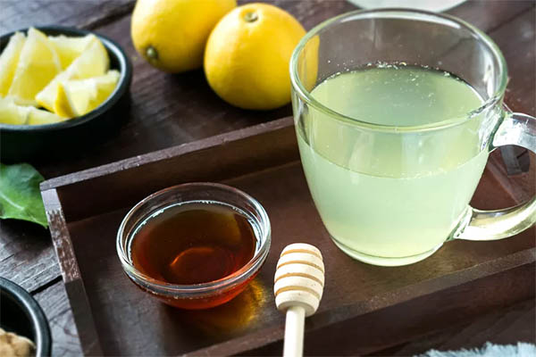 Чай медовый с лимоном
