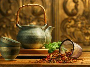 Чай по-таджикски («Чай-кобуд»)