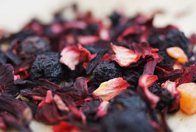 Черносмородиновый чайный напиток