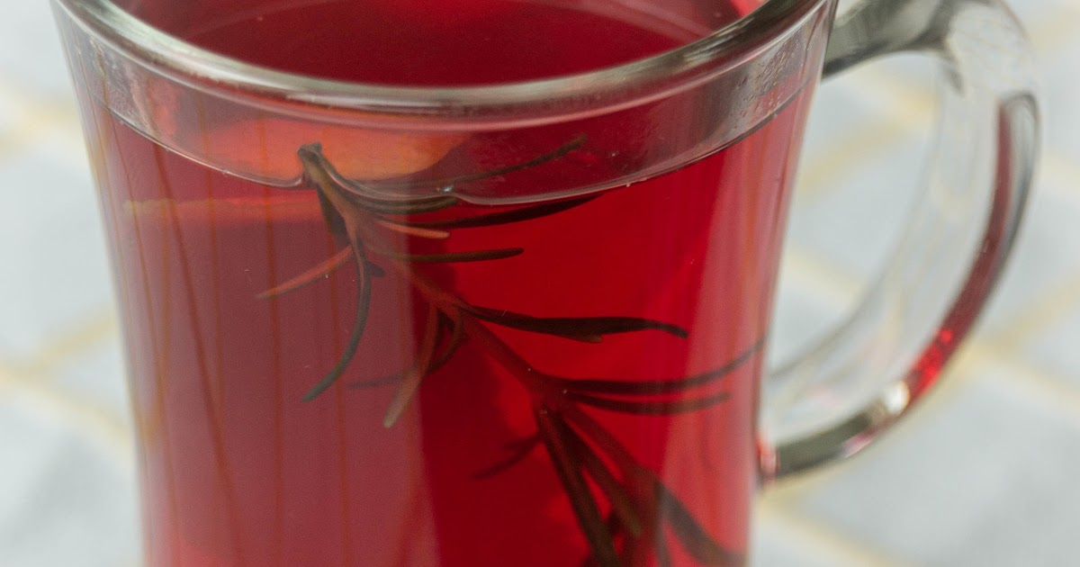 Чай каркаде с розмарином, апельсином и медом